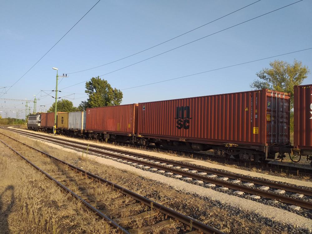 The first run of EP Cargo under its own license in Hungary