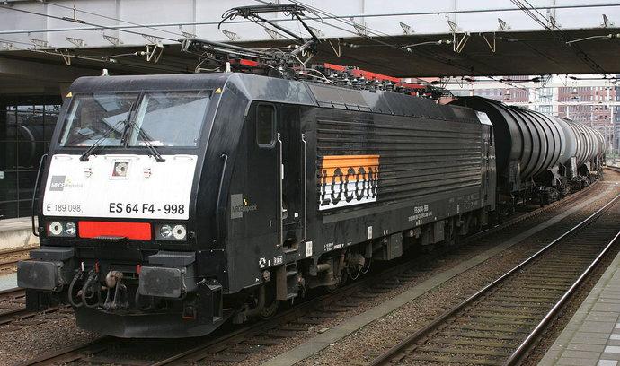 EP Logistics International přebírá německého dopravce LOCON