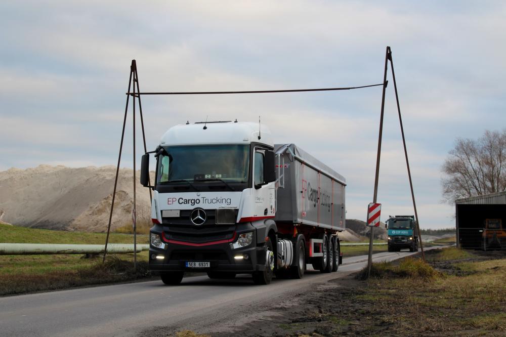 EP Cargo Trucking